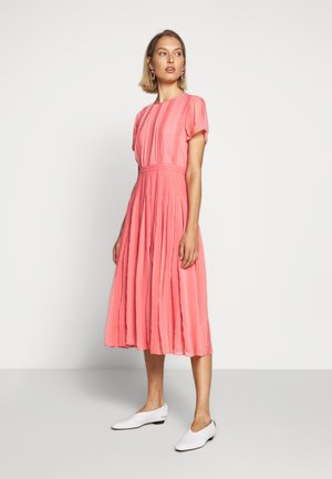 JUDY DRESS - Day dress - bright coral