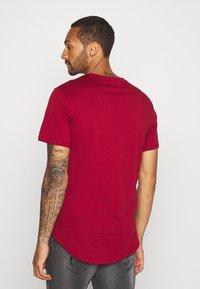 Only & Sons - ONSMATT - T-shirt - bas - sun dried tomato - 2