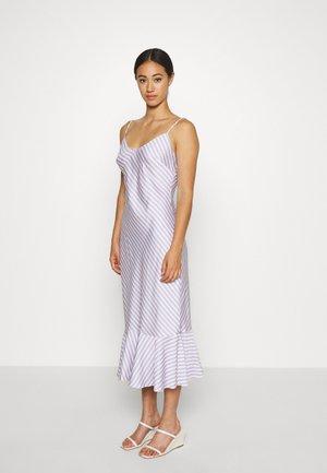 VIOLET MIDI DRESS - Day dress - lilac and vanilla
