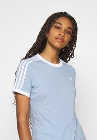 adidas Originals - TEE - Basic T-shirt - ambient sky - 3