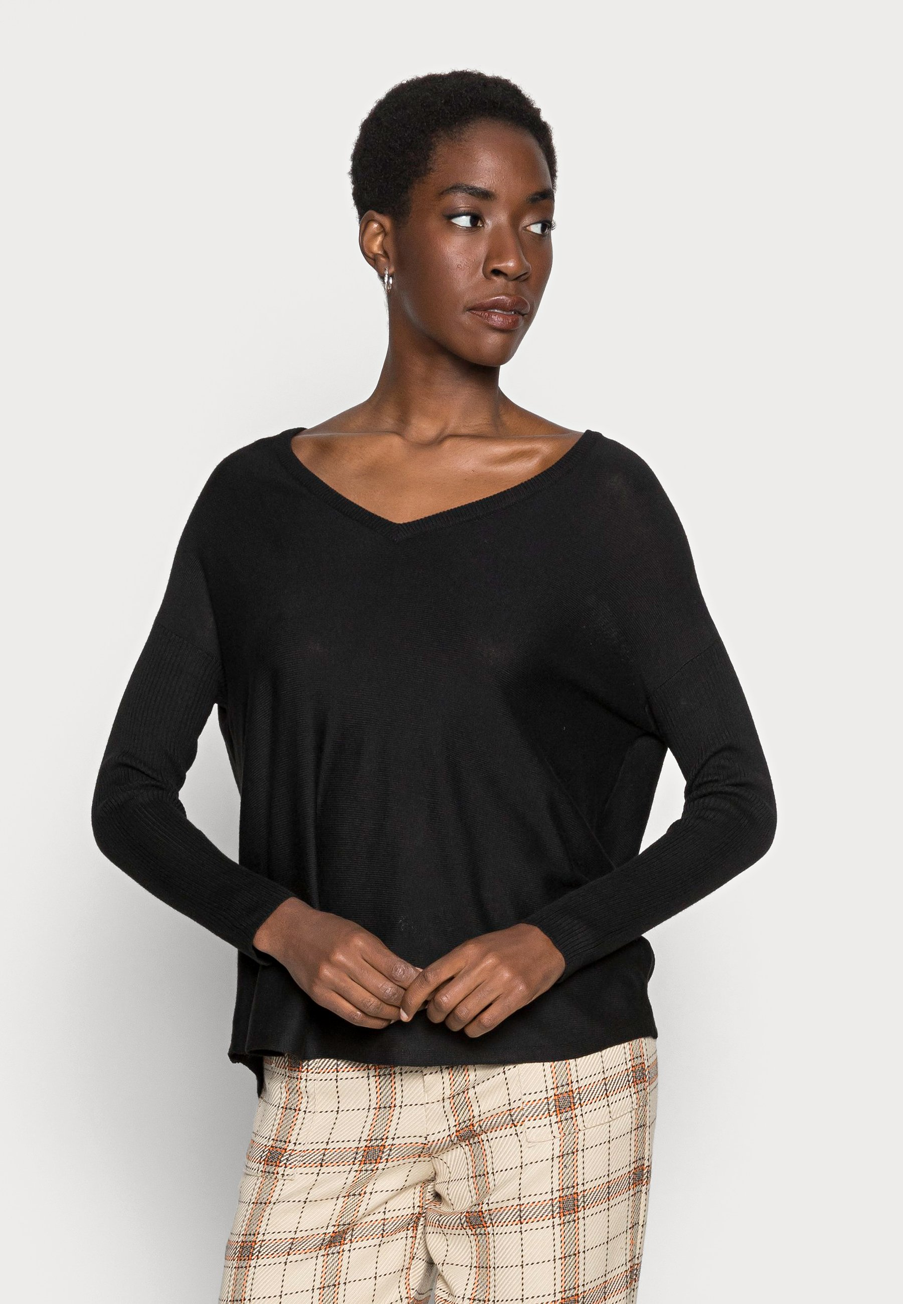 Mujer RELAXED V-NECK - Jersey de punto