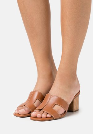JUPE - Heeled mules - tan