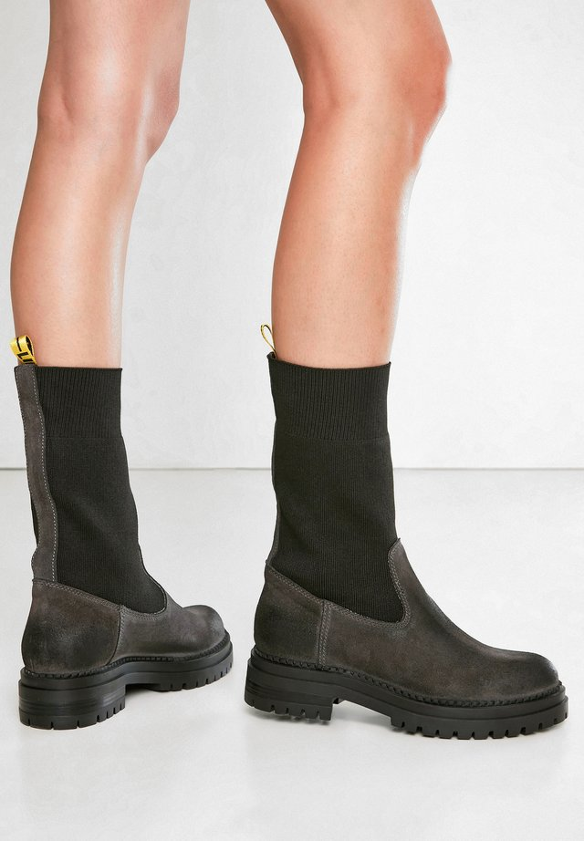 Ankle boots - sd graphite cgp