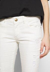 Mos Mosh - BRADFORD WORKED - Jeans Skinny Fit - white - 4