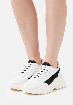 ZENITH CLASSIC DONNA  - Trainers - black