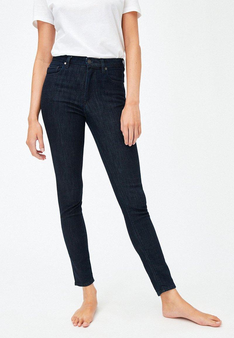 ARMEDANGELS - TILLAA - Slim fit jeans - rinse
