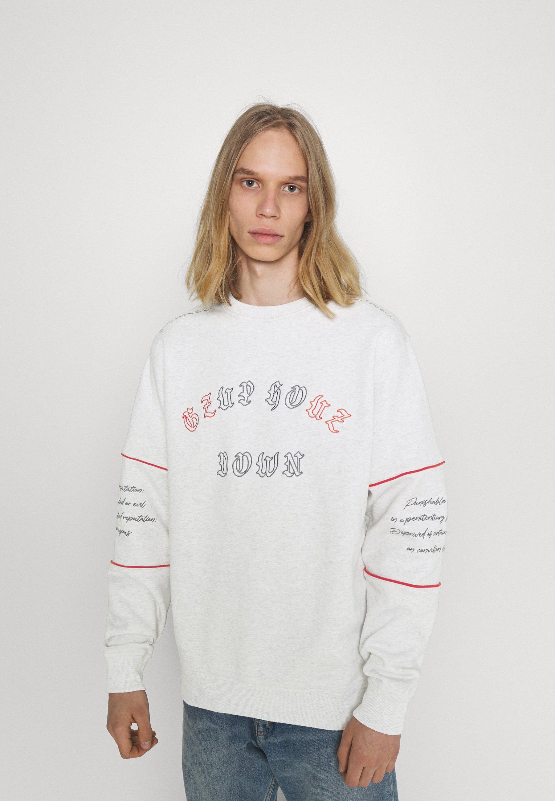 Women GRMY X GZUZ UNISEX CREWNECK - Sweatshirt