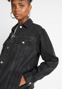 Topshop - SEAM - Denim jacket - washed black - 4