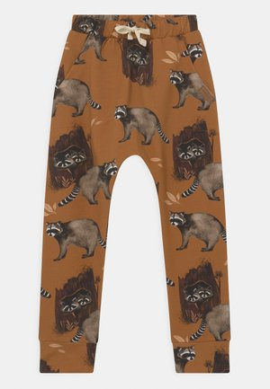 BAGGY CURIOUS RACCOONS UNISEX - Trousers - mustard yellow