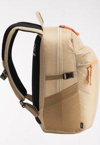 Haglöfs - Hiking rucksack - sand/flame orange - 5