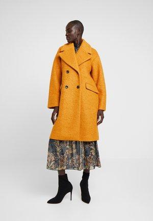 YASBUCKTHORN COAT - Zimní kabát - buckthorn brown
