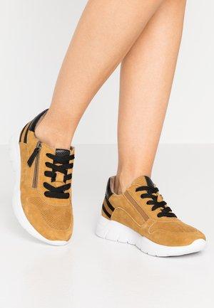 Zapatillas - safron