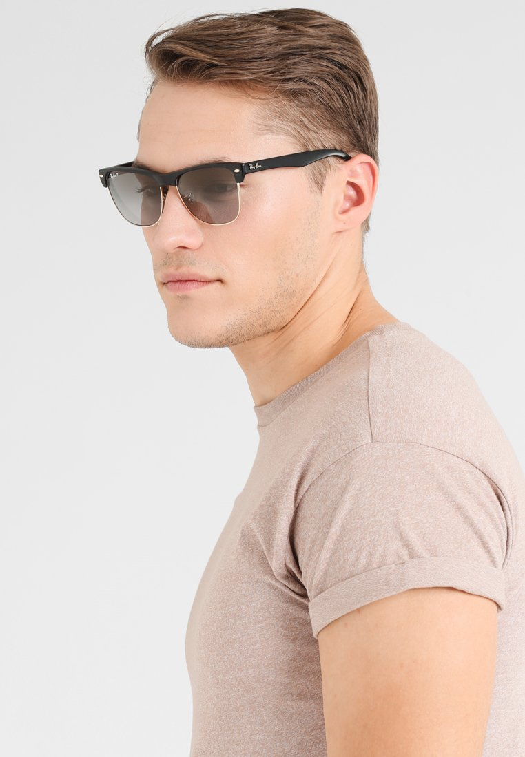 Ray-Ban - CLUBMASTER  - Sunglasses - black grey  gradient