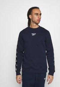 Reebok - TAPE CREW - Sweatshirts - dark blue - 0
