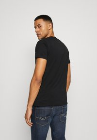 Replay - TEE - T-shirt con stampa - black - 2