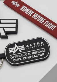 Alpha Industries - KEYCHAIN PACKAGE SET - Keyring - black - 3