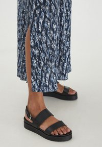ICHI - Maxi skirt - total eclipse - 3