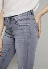 TOM TAILOR - Slim fit jeans - grey denim - 4