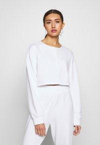 Missguided - ZIP FRONT CROPPED  SLIM LINE SET - Survêtement - white - 2