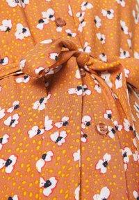 Pieces Maternity - PCMBECCA MIDI DRESS - Day dress - sunburn - 2