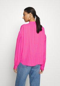 Cras - ZAGA SHIRT - Camisa - pink/red - 2
