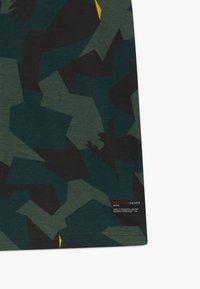 Retour Jeans - SEF - Triko spotiskem - dark green - 2