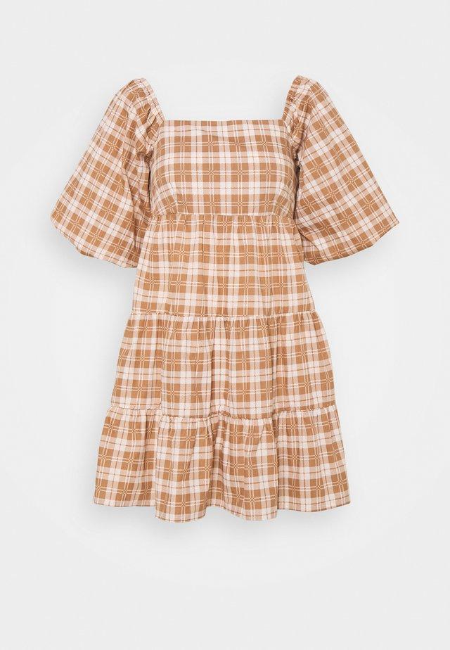 ERYN MINI DRESS - Denní šaty - orange