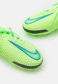 Nike Performance - JR PHANTOM GT ACADEMY DYNAMIC FIT MG UNISEX - Moulded stud football boots - lime glow/aquamarine - 5