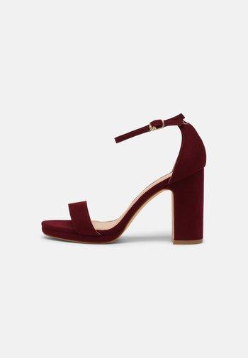 Sandales - bordeaux