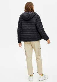 PULL&BEAR - Winter jacket - black - 2