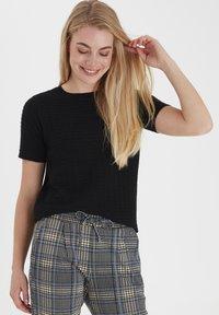 Fransa - T-shirts basic - black - 0