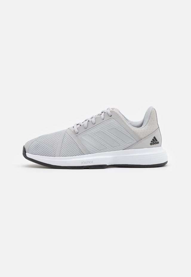COURTJAM BOUNCE - Tennisschoenen voor alle ondergronden - grey two/silver metallic/core black