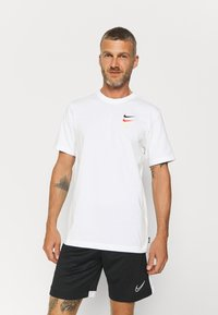Nike Performance - FC TEE - Print T-shirt - white - 0