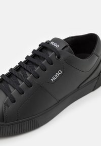 HUGO - Baskets basses - black - 5