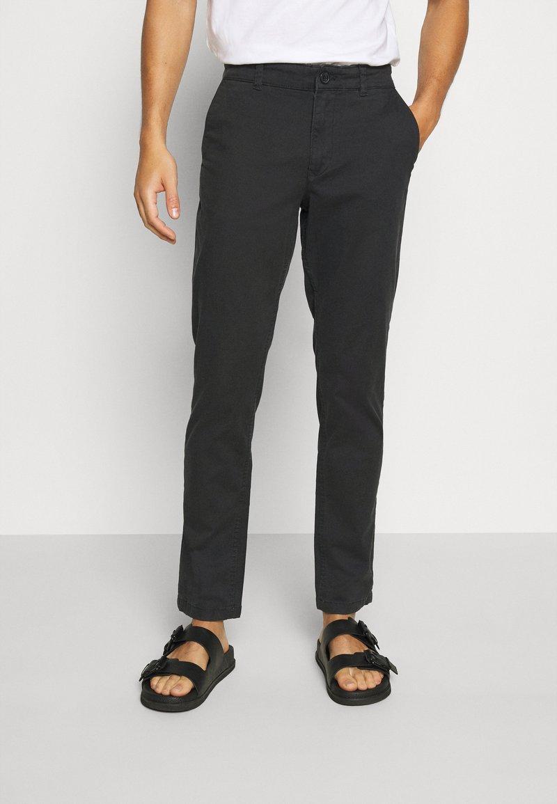 Selected Homme - SLHSTRAIGHT NEWPARIS FLEX PANTS - Chinos - black