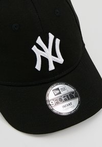 New Era - BABY MY FIRST 9FORTY NEW YORK YANKEES - Kšiltovka - black white - 4