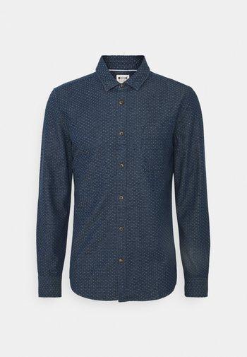 CASPER DOBBY - Camisa - blue