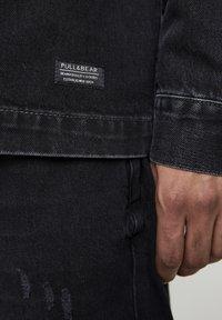 PULL&BEAR - JEANSHEMD MIT STOFFKAPUZE 05714505 - Denim jacket - mottled black - 5