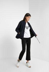 Emporio Armani - Sweatshirts - bianco ottico - 1