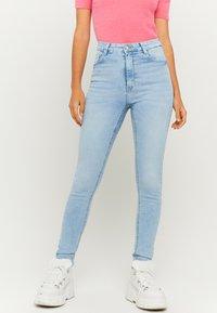 TALLY WEiJL - Skinny džíny - light blue - 0
