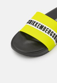 Bikkembergs - ROGER - Pool slides - black/lime - 5
