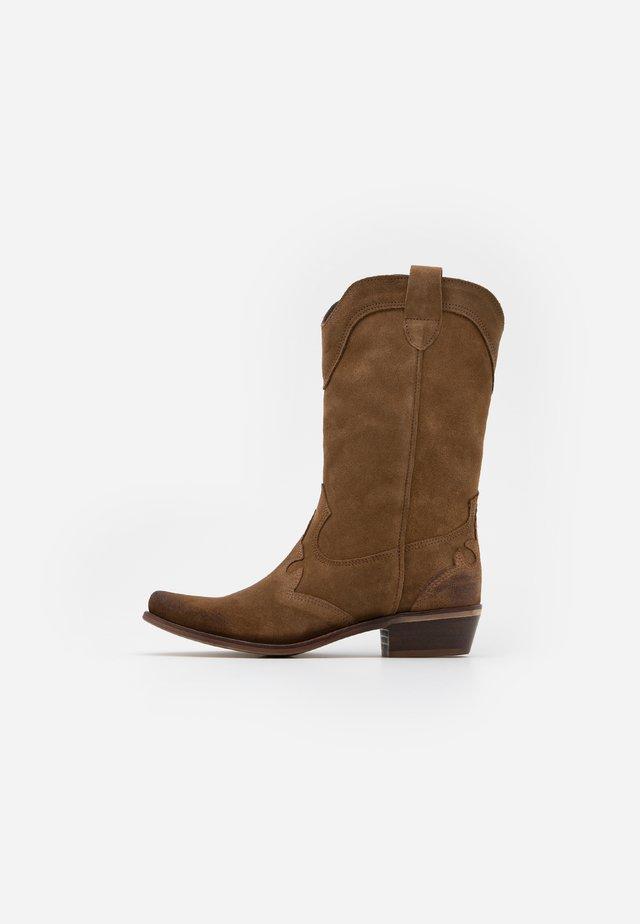 GERBERA - Cowboy/Biker boots - marvin stone