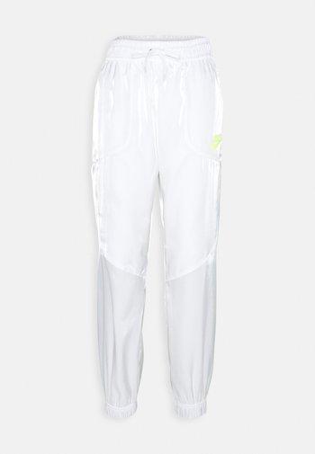 Tracksuit bottoms - white/volt