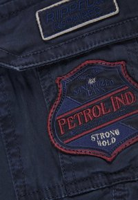 Petrol Industries - Shorts - deep navy - 2