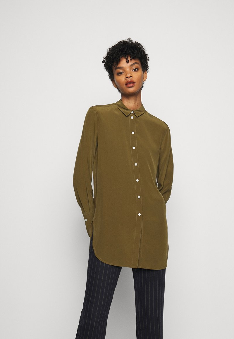 By Malene Birger - COLOGNE - Button-down blouse - hunt