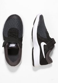 Nike Performance - REVOLUTION 4 - Neutrala löparskor - black/anthracite/white - 1