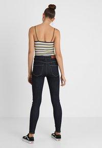 Vero Moda - VMSOPHIA - Jeansy Skinny Fit - dark blue denim/rinse - 3