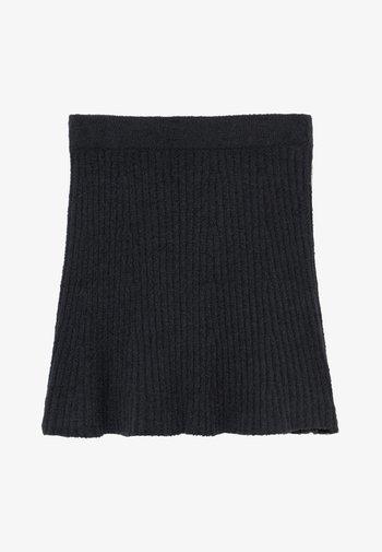 MATCH SKIRT - Áčková sukně - open black