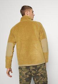 The North Face - MEN'S CRAGMONT JACKET - Fleecová bunda - british khaki - 2