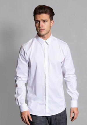 SLIM FIT  - Formal shirt - weiss